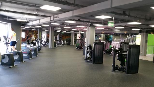 das beste fitnessstudio in stuttgart gym bersicht. Black Bedroom Furniture Sets. Home Design Ideas