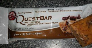 Quest Bar Eiweißriegel Chocolate Chip cookie Dough