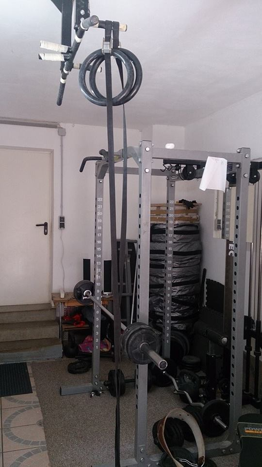 Power rack selber bauen  Home Gym Report #3: Das Garagen-Gym