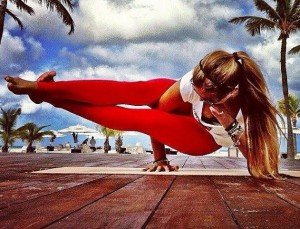 Yoga und Bodybuilding Rachel Brathen Yoga Girl Interview 4