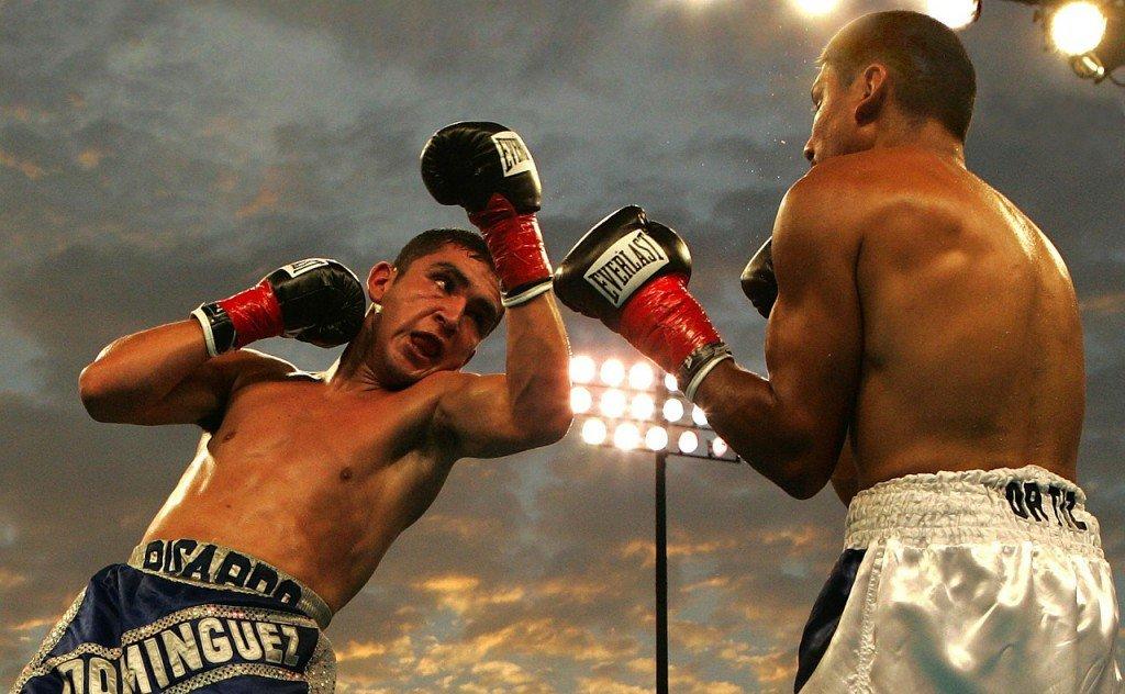 Das Betrachten von aggressiven Kampfszenen steigert nachweislich nicht nur die Testosteron-Konzentration im Blutkreislauf sondern wegen fehlender Blut-Hirn-Schranke auch im Gehirn.