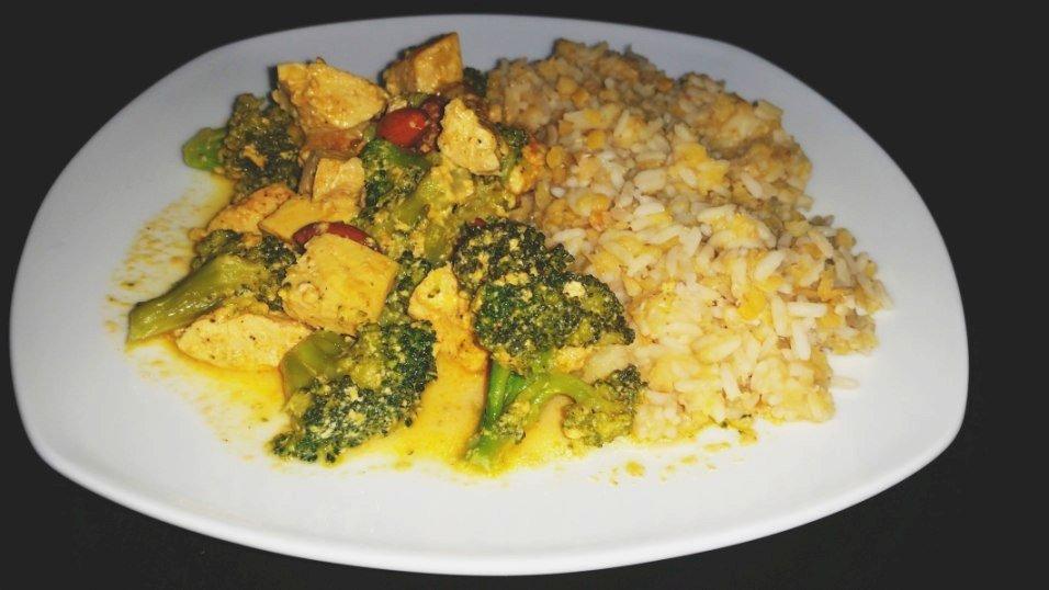 Curry-Hühnchen mit Reis und Linsen 3