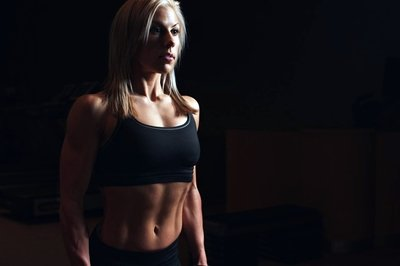 Frauen Krafttraining Brust